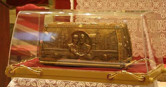 Urna reliquie dei Santi Luigi e Zelia MArtin
